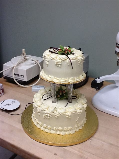 cute small wedding cakes   special occassion