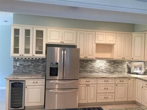 lily ann kitchen cabinets 1000 ideas about lily ann cabinets on pinterest kitchen