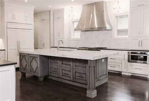 gray kitchen island interior design ideas home bunch interior design ideas