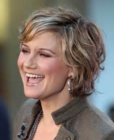 on trend hairstyles for 40 somethings short hairstyles for women over 40 with thick hair hair