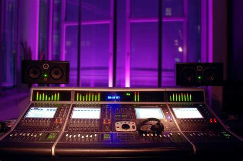 the sound room original file 1 600 215 1 061 pixels file size 923 kb mime type image jpeg
