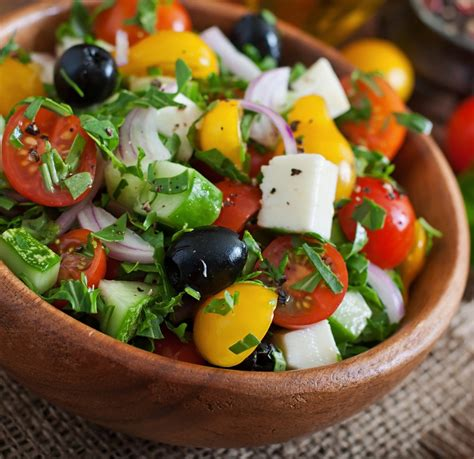greek salads greek salad recipe epicurious com
