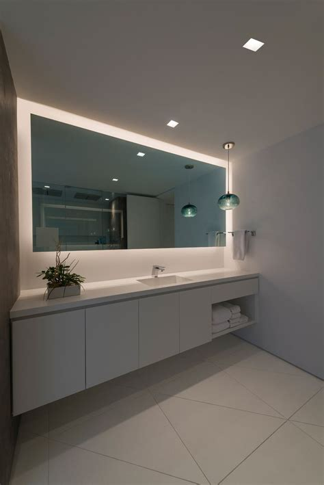 modern bathroom mirrors with lights best 25 modern bathroom lighting ideas on