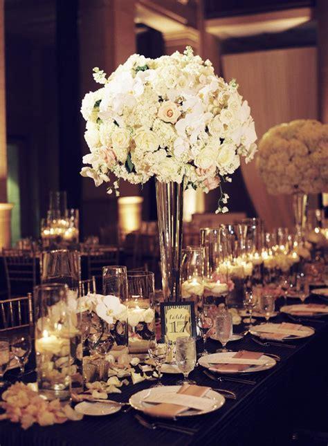 22 Absolutely Dreamy Wedding Flower Ideas   Weddbook