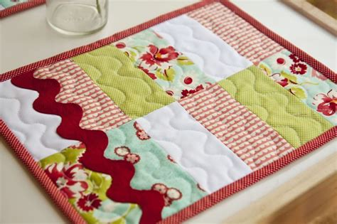 sewing pattern for quilted placemats patchwork and wide ric rac mug rug i always wondered where