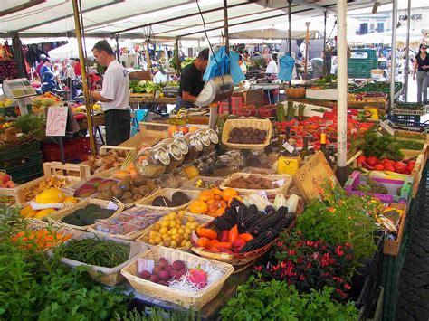 ci di fiori roma co dei fiori market the quot field of flowers quot rome