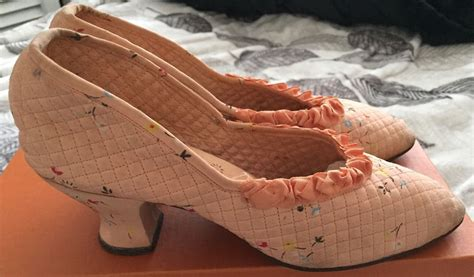 three house shoes edwardian ladies house shoes size 3 peach fabric