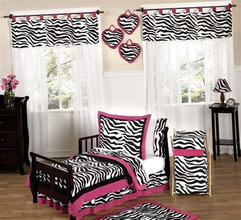 25 best ideas about zebra print bedroom on