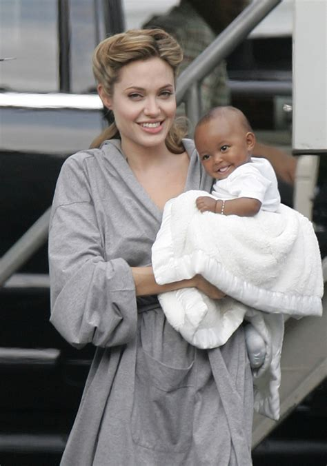 Bag For Babies Zahara Joli Pitt With Valentino Histoire Bag by 14 Best Family Images On Families Large