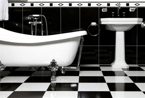 black and white checkered bathroom floor fliesen im schachbrettmuster 31 ideen f 252 r passende deko
