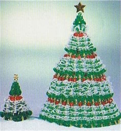 instructions for vintage safety pin christmas trees safety pin crafts on