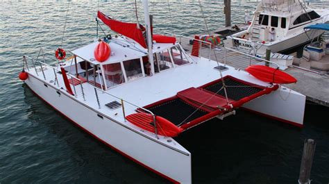 party boat for rent some tips to rent a party boat