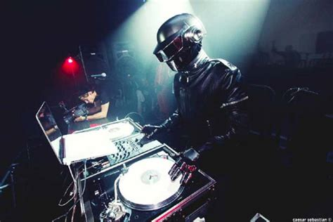 house music 2000 listen classic daft punk house music mix from winter music conference 2000 magnetic