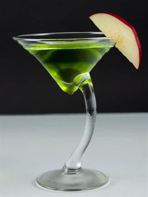 fruity martini recipes apple martini 3 recipes for the fruity cocktail recipe