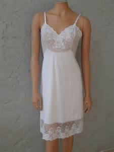 lace slip by vanity fair size 34 vintage by