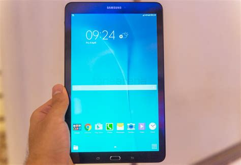 Samsung Galaxy Tab E samsung galaxy tab e on and photo gallery