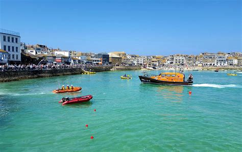 luxury homes st ives st ives welcomes new lifeboat luxury st ives accommodation