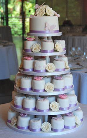 miniature cakes and wedding cake 60 miniature cakes plus a trending individual mini wedding cakes delicious cakes