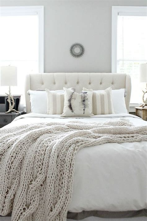 plain white bedroom 25 best ideas about winter bedroom decor on