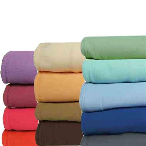 couverture polaire thermotec 600g m 178 13 coloris