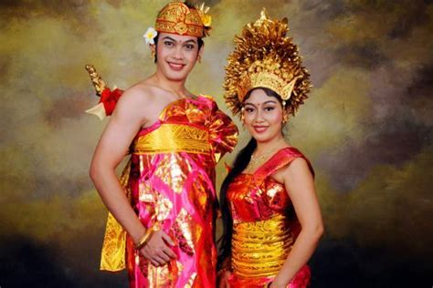 Hiasan Adat Bali Untuk Di Rambut harga foto adat bali special promo via hanya 185 ribu