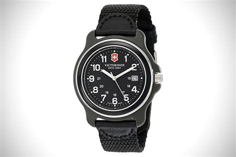 Swiss Army 2256 Original 02 12 best victorinox swiss army watches for hiconsumption