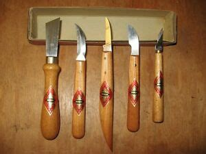 bracht garantie vtg set   west german wood carving