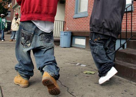 old man sagging buns image gallery sagging pants