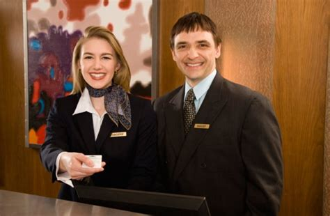 Qualities Of A Front Desk Officer How To Become A Hotel Manager Study Magazine