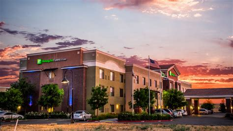 friendly hotels lincoln inn express hotel suites lincoln roseville pet