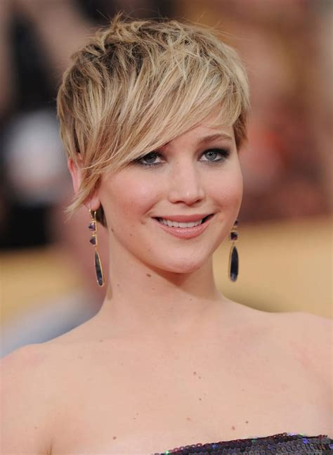 25 best ideas about pixie cut round face on pinterest 25 best ideas about pixie cut round face on pinterest