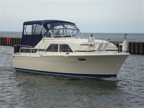 charter boat to catalina 1978 chris craft catalina power boat for sale www