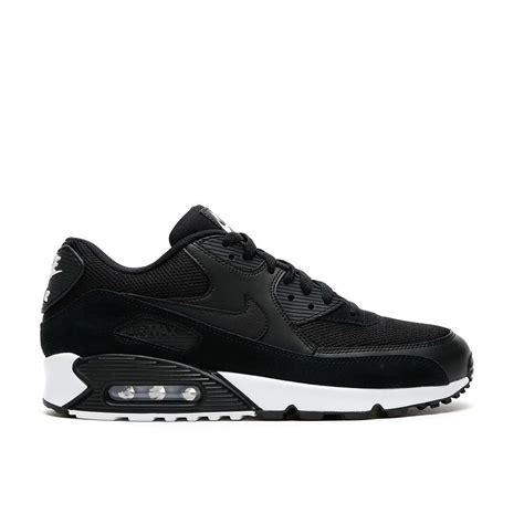 nike air max  essential sneakers  men  upclassics