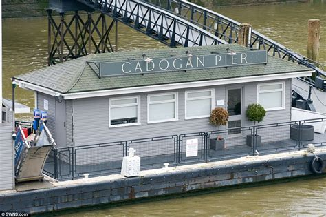 house boats to buy london cadogan pier houseboat in london could be yours for 163 2