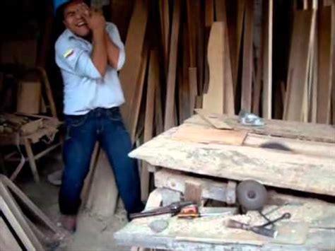 imagenes impactantes de accidentes laborales accidente de trabajo por proyecci 243 n de part 237 cula youtube
