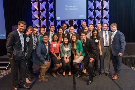 Foster Mba Current Students by Business Leadership Celebration Honors Remarkable Leaders