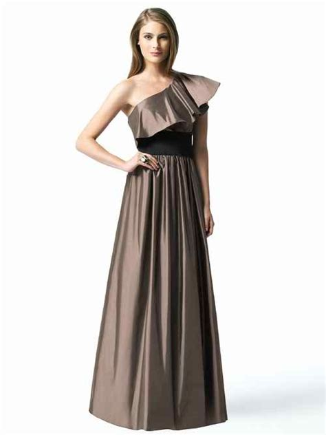 10 Dresses You Should Choose by Team Wedding Why Should Bridesmaids Choose Their Own