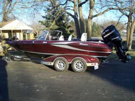 used triton walleye boats for sale larry davis s triton boat for sale on for sale on walleyes