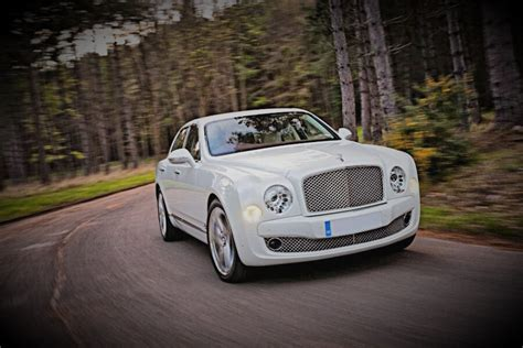 white bentley mulsanne white bentley mulsanne hire leicester luxury car hire