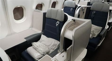 review malaysia airlines  business class kul akl