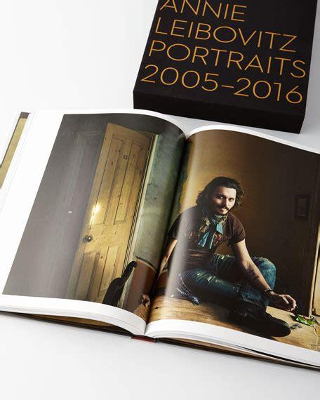 libro annie leibovitz portraits 2005 2016 phaidon press annie leibovitz portraits 2005 2016 book special edition neiman marcus