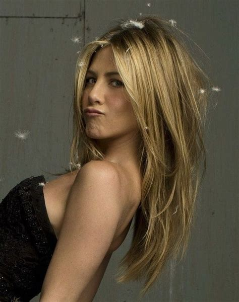 how long is jennifer degaldos hair long layered blond hair jennifer aniston hairstyles