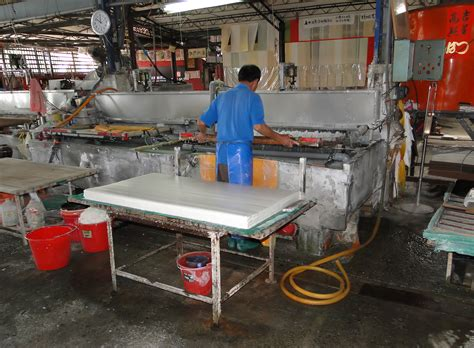 How To Make Paper In Factory - file paper factory in puli jpg wikimedia commons