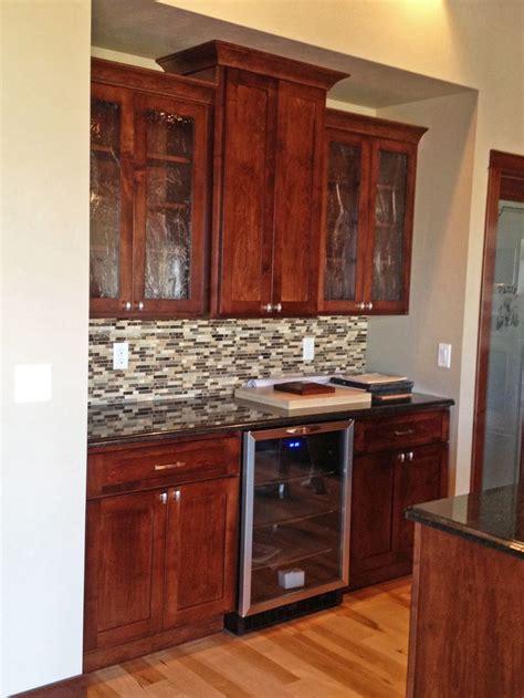wet kitchen cabinet 25 best kitchen wet bar ideas on pinterest wet bars