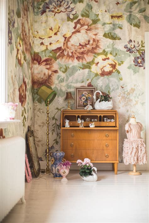 flower wallpaper designs for bedrooms 20 beautiful exles of what happens when you utilize