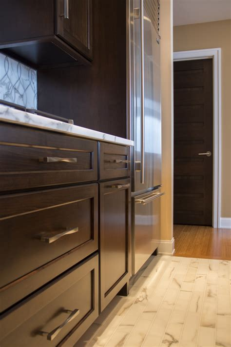 amish kitchen cabinets contemporary shaker style chicago eastside kitchen amish cabinet company