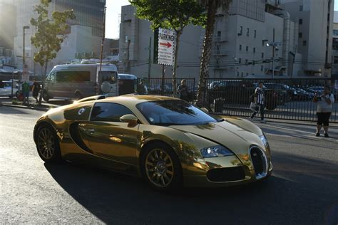 bugatti gold foxx leaves kimmel in style driving a bugatti