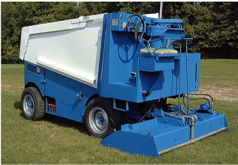 backyard rink zamboni triyae com backyard rink zamboni various design