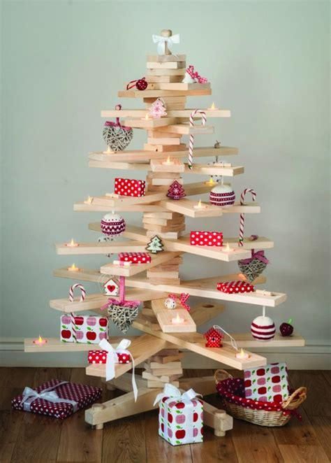 arbol de navidad de madera 225 rboles de navidad caseros 42 ideas con madera r 250 stica