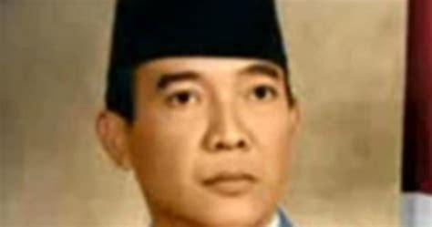 recount biography bj habibie gambar presiden ri berwarna dan hitam putih sejarah
